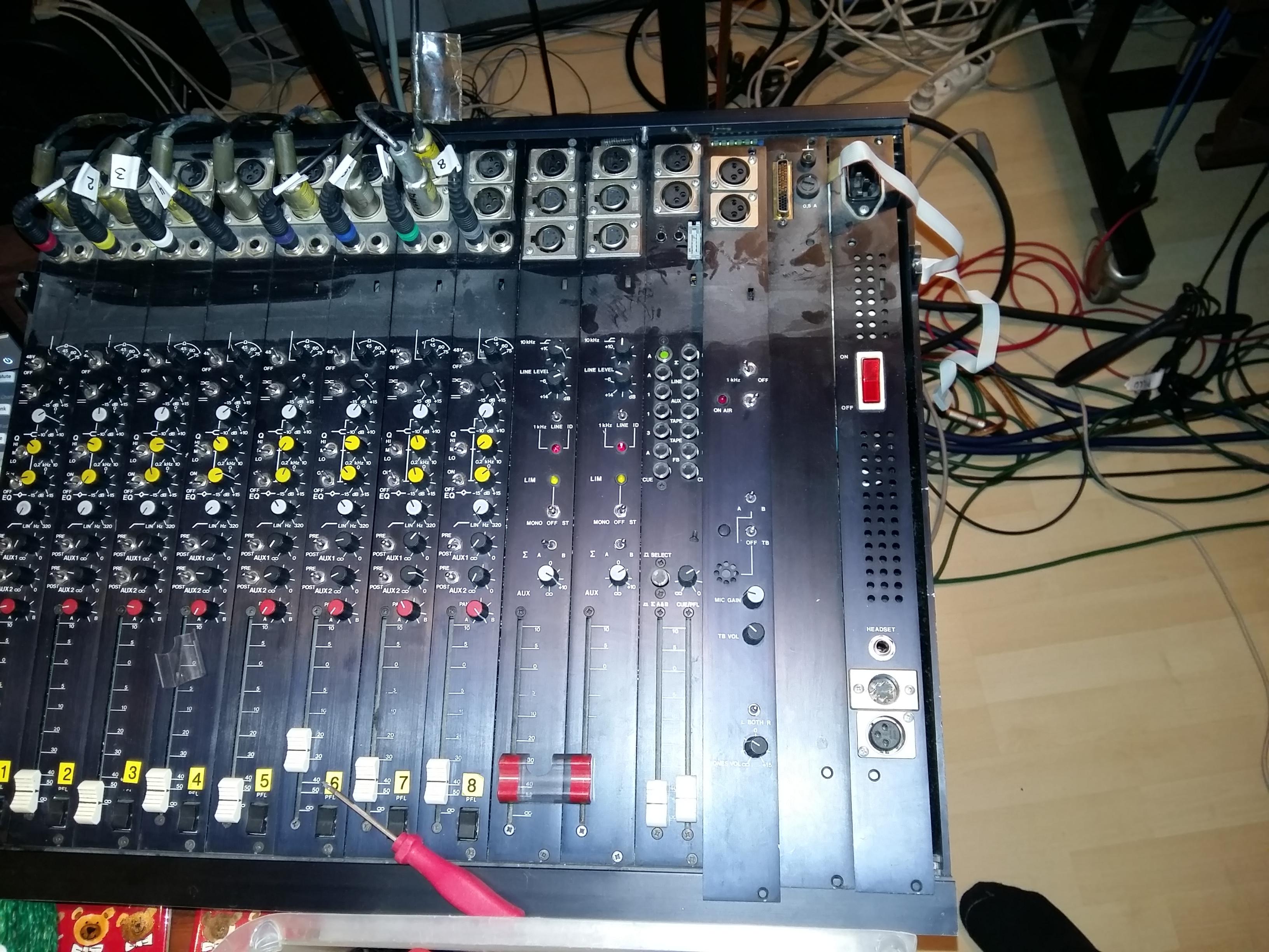 Kajaani UT Mix - pari kondensaattoria vaihtoon