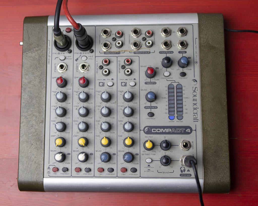 Soundcraft Compact 4 kokemuksia - Pulu Studio (2)